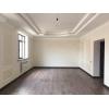 Продаю 2-эт.  новый особняк,  200 м2,  уч.  4 сот. ,  ж/м Кок-Жар, ,  0556508478,  0772508478